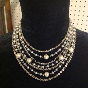Jewelry - Vintage Lisner Pearl Bib Necklace 7 Strand